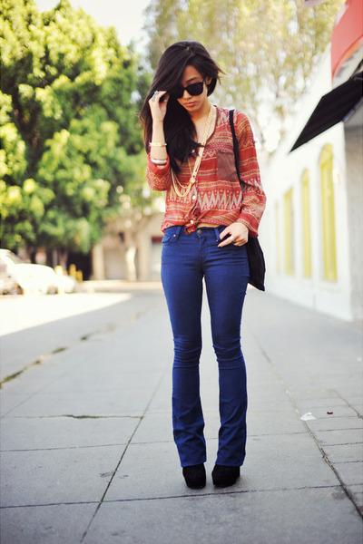 black-suede-dolce-vita-boots-blue-gap-jeans-chiffon-pink-bullet-blouse_400